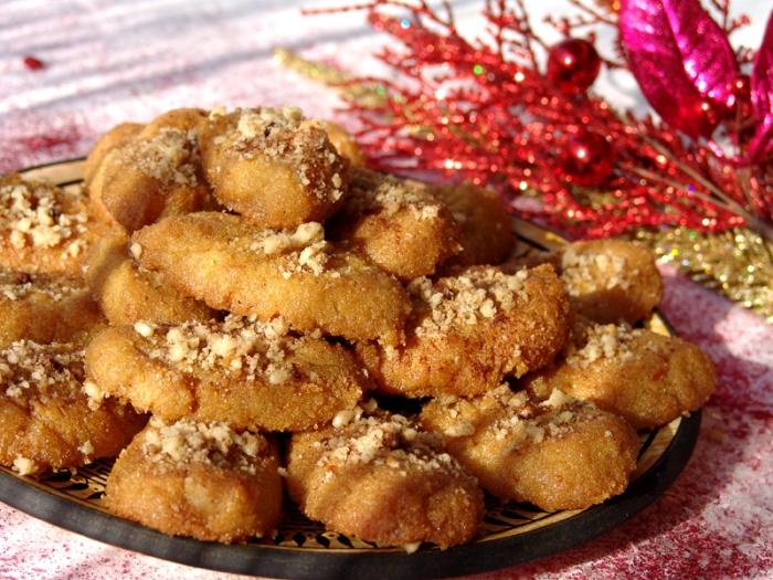 Tasty Traditions: Melomakarona, Greek HoneyCookies